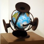 2006 - Dadme un punto de apoyo y moveré el mundo (Serie Proyecto para una geografía sentimental) 22 x 22 x 22 cm