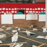 2001.- Exposición Lo que hay que hacer, lo que hay que dejar. Sala Amárica. Museo de Bellas Artes de Álava. Vitoria.